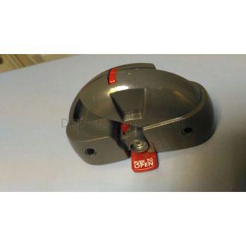 Деталь\запчасть механизма складывания стульчика Peg-Perego Diner (красн.кнопкой\соед 2е трубы)